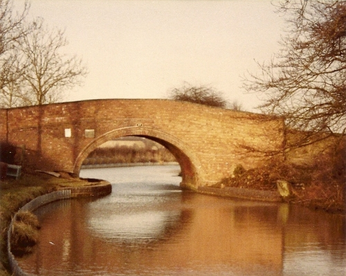 Bridge No.37 over the Grand Union Canal at Leicester
